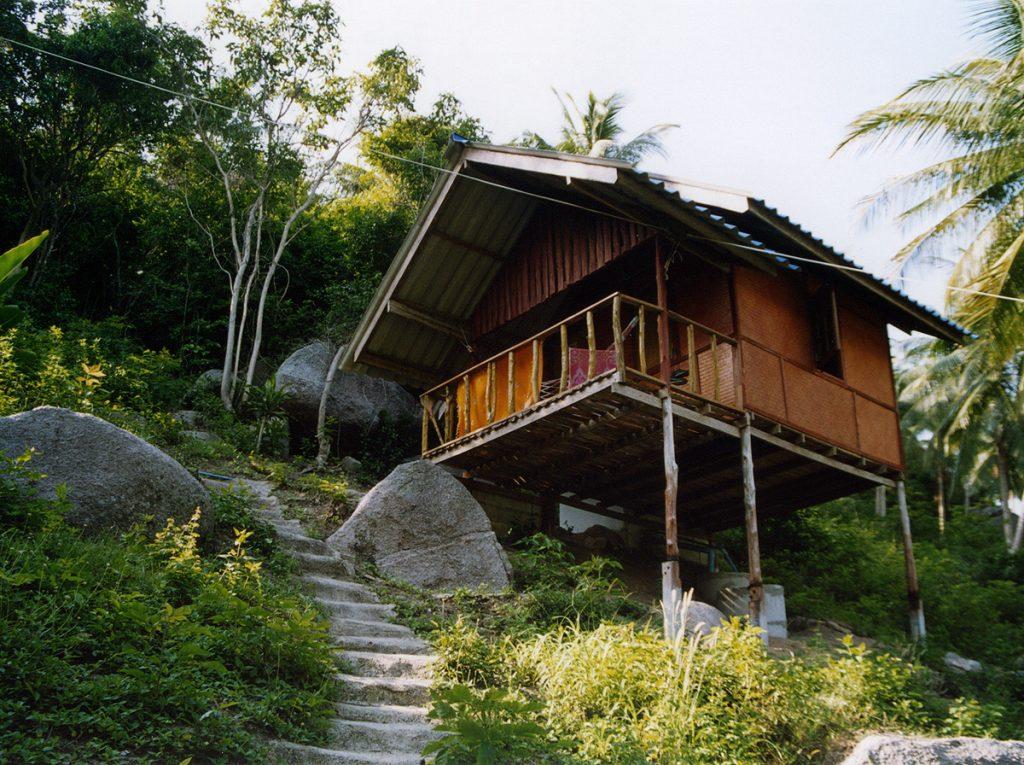 isla tranquila tailandia, las playas menos turisticas de tailandia, tailandia todo lo que debes saber, problemas con las maletas en tailandia, top 10 lugares tailandia, bañadores en tailandia,