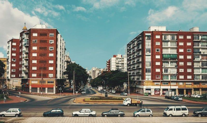 Viajar a Montevideo, mejores viajes para solteros, mejores destinos para viajar solo, mejores destinos para viajar solos, destinos turisticos para ir solo