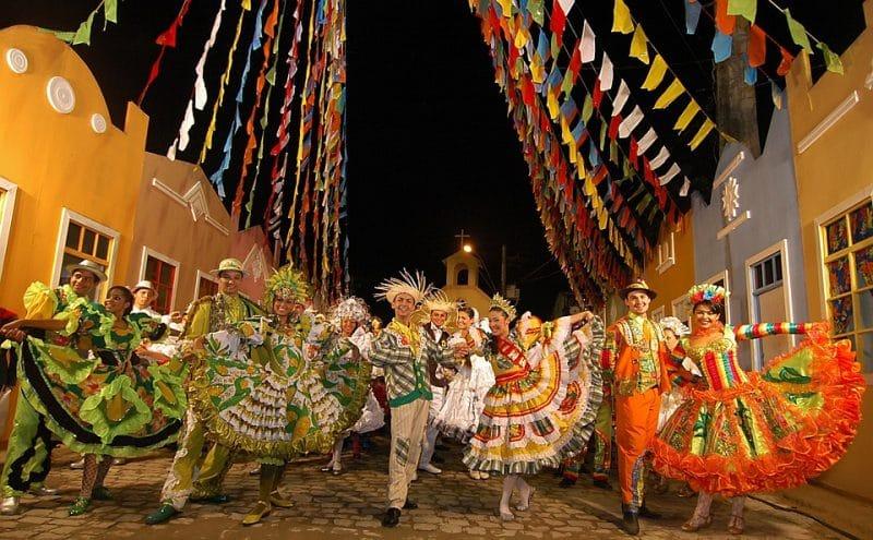 Viajar solo a Brasil, destinos para viajar solo por españa, destinos para viajar solo españa, destinos para viajar solo europa, mejores destinos para viajar solo europa