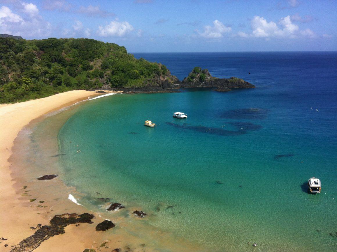 Bahia do Sancho, de las mejores playas de Brasil