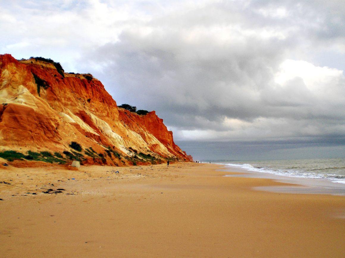 Playa de Falesia es de las mejores playas de Albufeira
