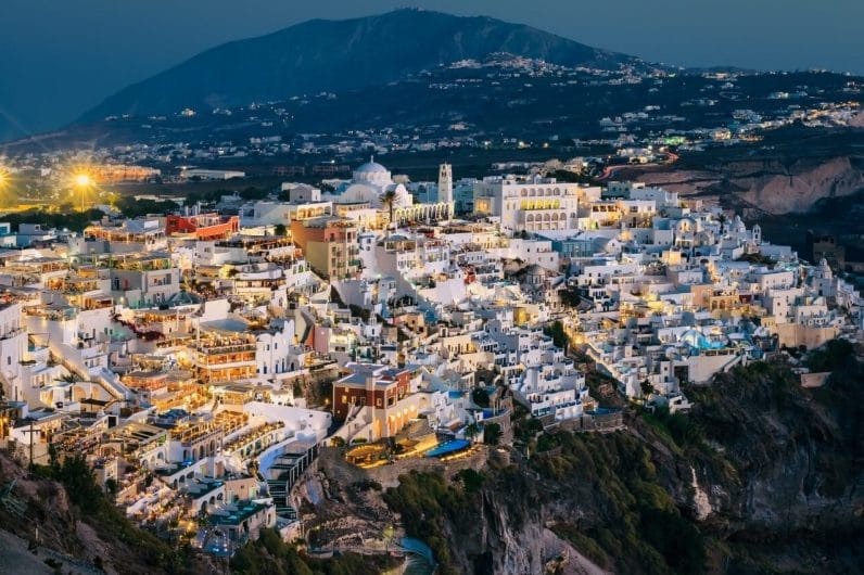 Fira capital de Santorini