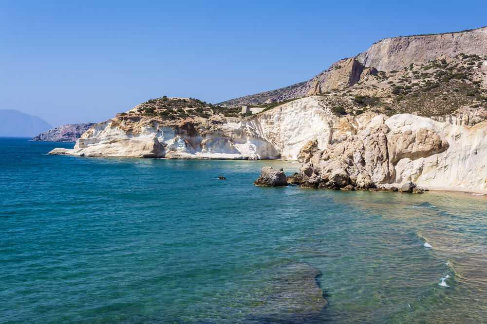 Playa blanca de Santorini