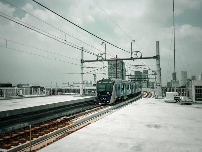 Viajar en tren Yakarta