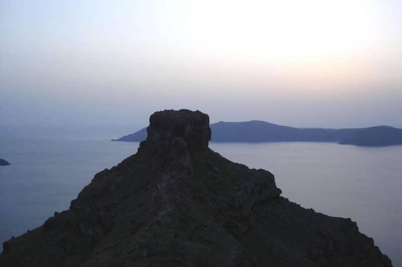 Atardecer en Skaros Rocks