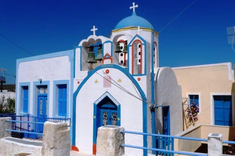 Iglesia en Therasia