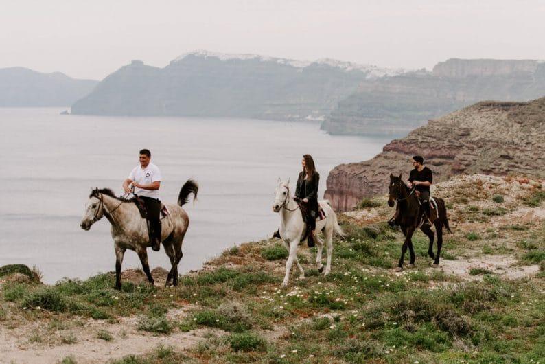 Santorini a caballo