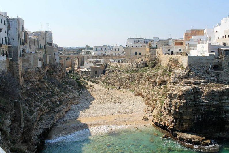 Polignano a Mare en Puglia Italia