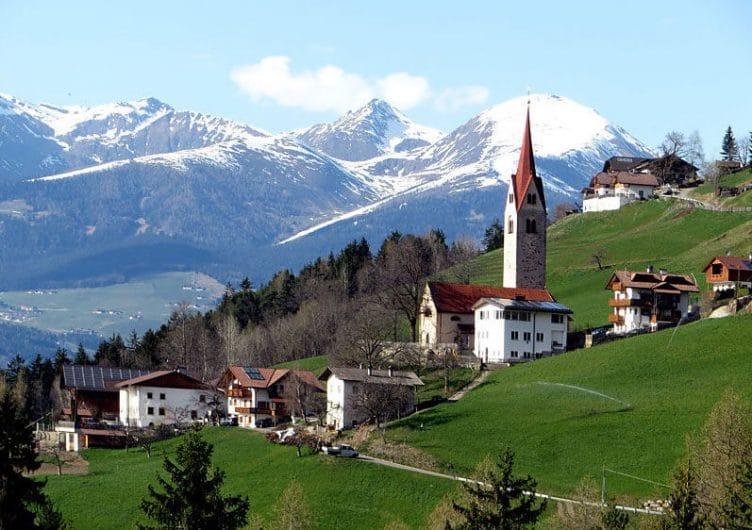 Sant'Andrea in Monte Italia