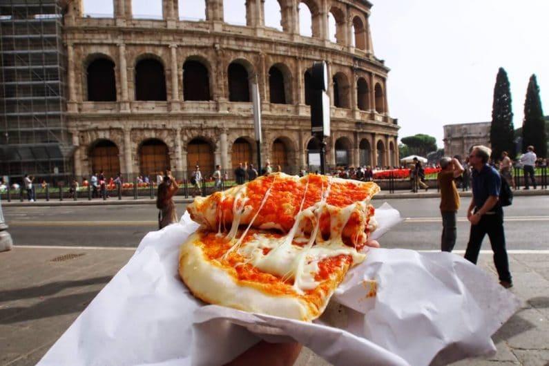 Comer pizza - Que hacer en Roma